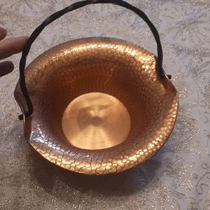 Vintage bowl with black wrought iron handle (1018-1)